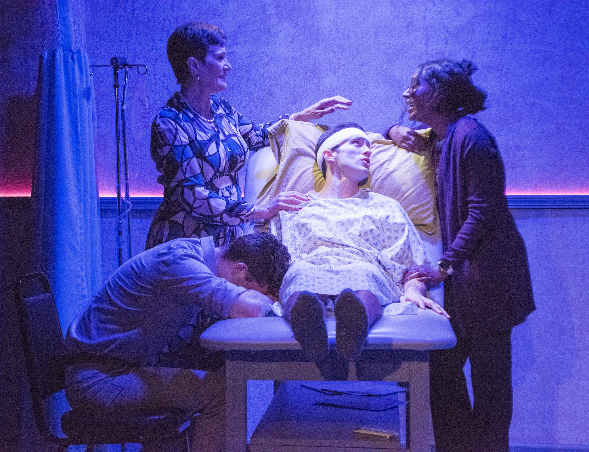 "Review: ""A New Brain"" (Theo Ubique Cabaret Theatre)"