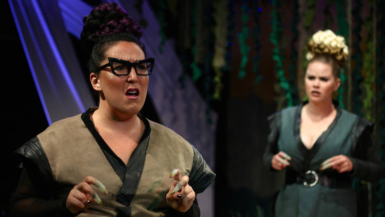 "Review: ""Triassic Parq"" (Circle Theatre)"
